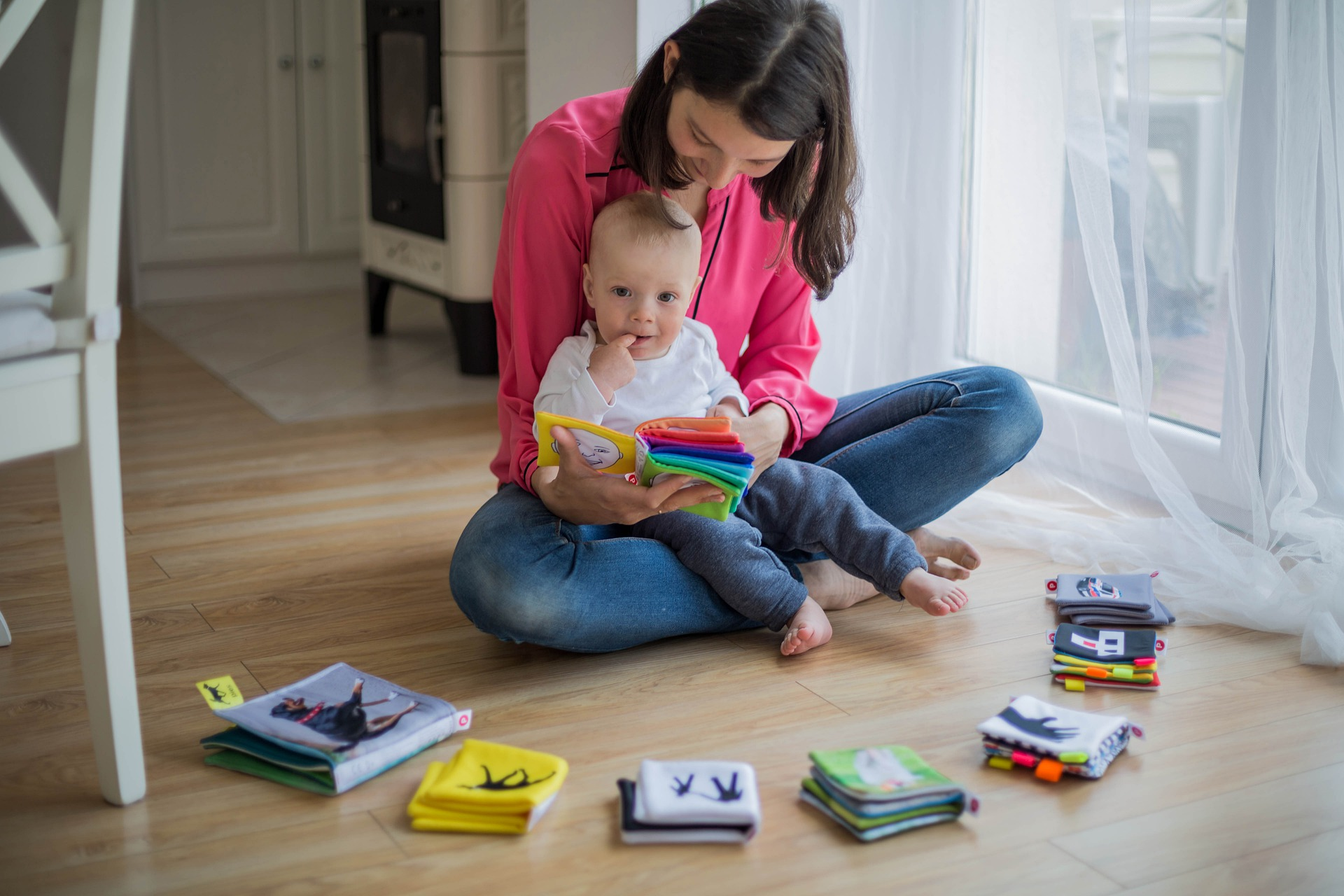 'Parenting books and effective tips to raise mentally strong kids'